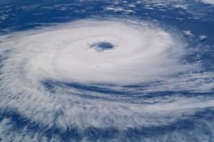 hurricane-923808_1920