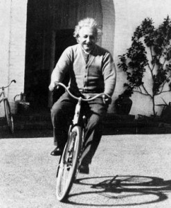 albert_einstein-bicycle