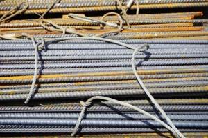 iron-rods-474792_1280-768x512
